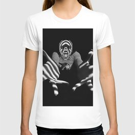 7329-KMS Reaching Hands Zebra Woman Fingers Spread Zombie Mummy T-shirt