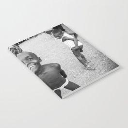 Niños Chocoanos Notebook