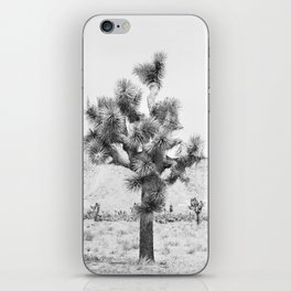 Twisted Joshua Tree - Black and White Photography iPhone Skin