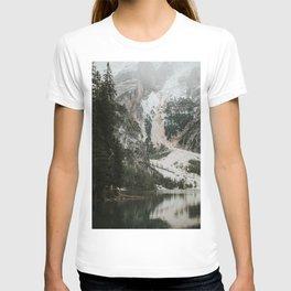 Lago di Braies, Dolomites   Colourful Travel Photography   Dolomiti, Italy (Europe) T-shirt