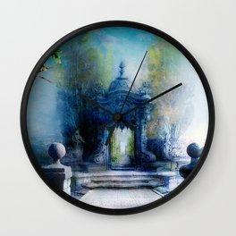 La porte du palais Wall Clock