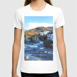 Bridge over  River Dee in spate at Llangollen, Wales T-shirt