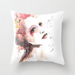 Ild (flame) Throw Pillow
