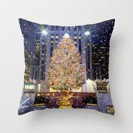 Rockefeller Center Christmas Tree New York City Throw Pillow