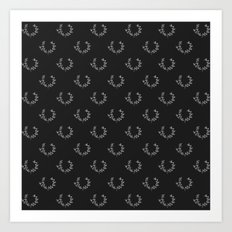 Simple Wreath Pattern Dark Art Print