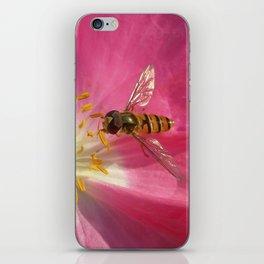 flower fly macro VII iPhone Skin