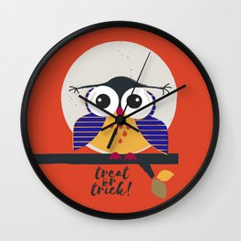 big eyed halloween owl Wall Clock