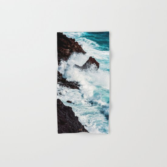 CONFRONTING THE STORM Hand & Bath Towel