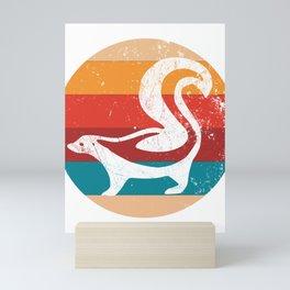 Vintage Skunk Lover Retro 70s Style Silhouette Gift Mini Art Print