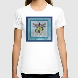 Dragonfly Love by Kathy Morton Stanion T-shirt