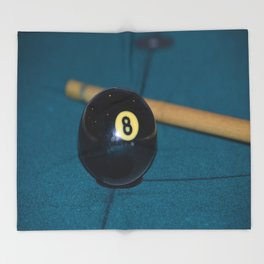 8 Ball and Pool Cue Perfect Father's Day Gift or For the Man Cave Throw Blanket