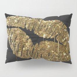 Goldenlips Pillow Sham