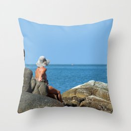 Sitting on Rocks Palolem Throw Pillow