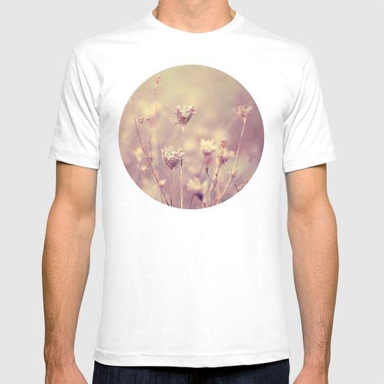 Winter Queen Anne's Lace  T-shirt