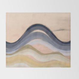 Minimal montains Throw Blanket