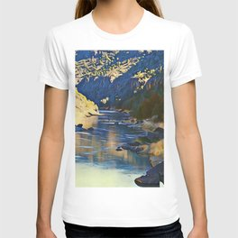 Rio Grande at the John Dunn Bridge on a Winters Day by CheyAnne Sexton T-shirt