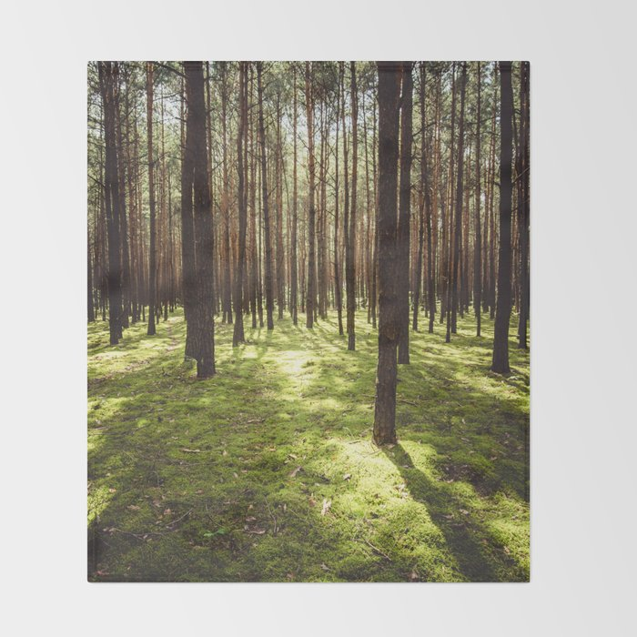 FOREST - Landscape and Nature Photography Throw Blanket