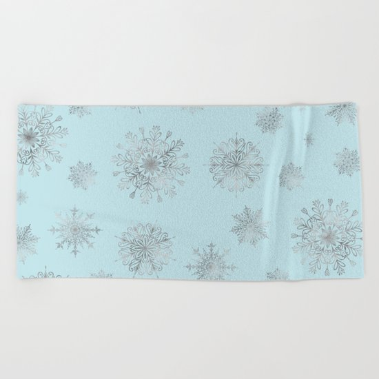 Assorted Silver Snowflakes On Light Blue Background Beach Towel
