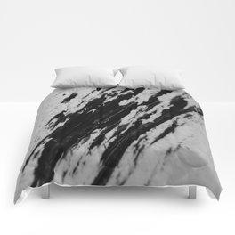 BLACK SNOW Comforters
