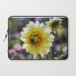 Dahlia In The Garden / 30 Laptop Sleeve