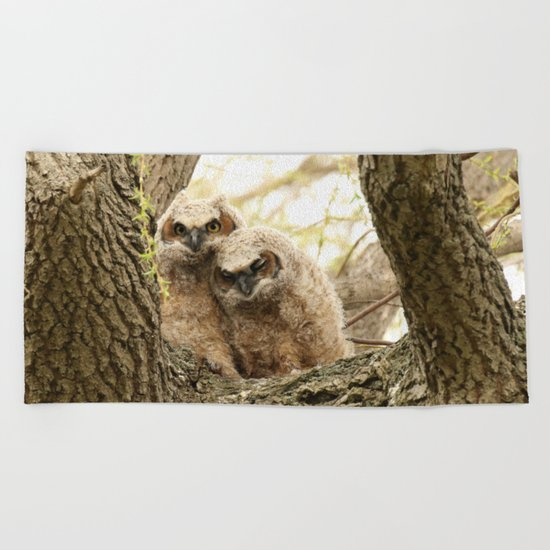 Rest your head on my shoulder Beach Towel
