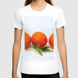 Three tangerine fruits T-shirt