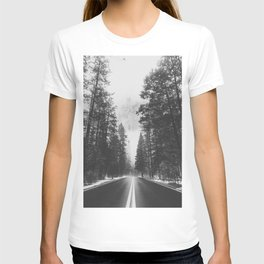 ROAD TRIP IV / Yosemite, California T-shirt