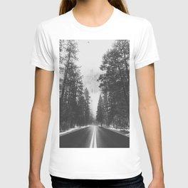 ROAD TRIP IV / Yosemite, California T-shirt