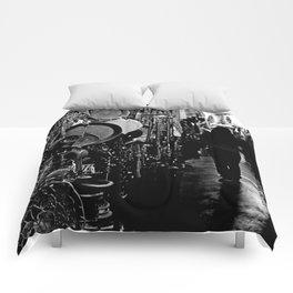 Market-B&W Comforters