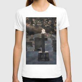 Gravestones and statue T-shirt