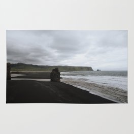 Black Sandy Beaches Rug