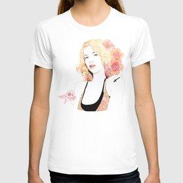 scarlett johansson T-shirt
