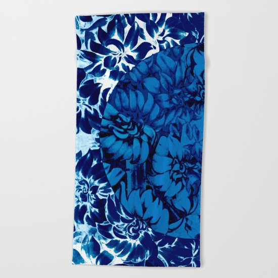 blue floral circle on blue floral Beach Towel