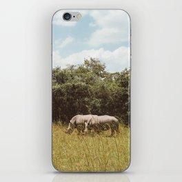 Rhinos eatin n chillin in Uganda iPhone Skin