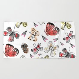 Fly fly butterfly Beach Towel
