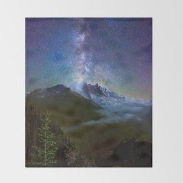 Milky Way Over Mount Rainier Throw Blanket