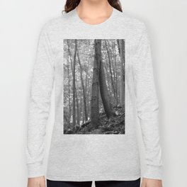 Old love, black and white photography trees Long Sleeve T-shirt
