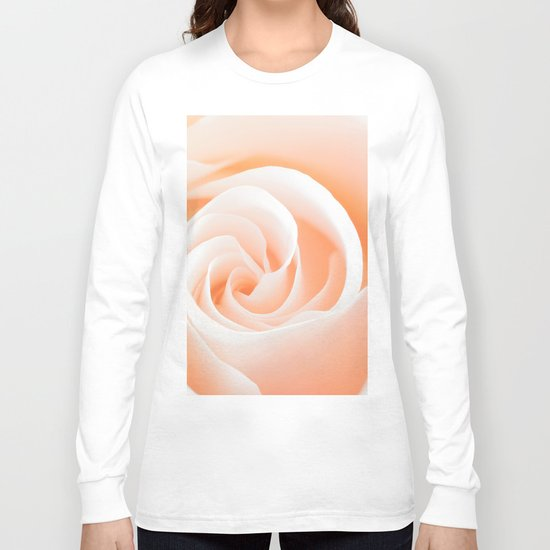 Rose´s heart I- Beautiful roses flower in pink Long Sleeve T-shirt