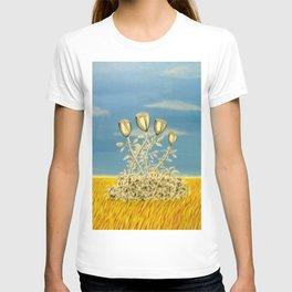 Silver Flowers on Golden Grass T-shirt