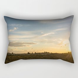 Ocaso en la marisma Rectangular Pillow