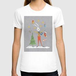 Rabbit celebrating Christmas T-shirt