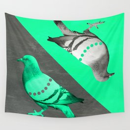 Pigeon's reflexion Wall Tapestry