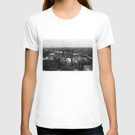 Chicago Hotel Window. T-shirt