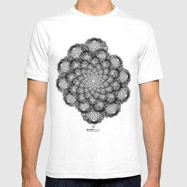 GEOMETRIC NATURE: BROCCOLI w/b T-shirt