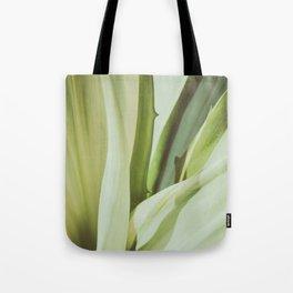 Tropical garden Tote Bag
