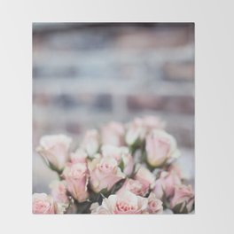 ROSES - PINK - PHOTOGRAPHY - FLOWERS Throw Blanket