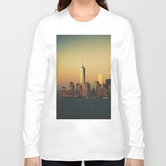 New York City Skyline - Dramatic Sunset Long Sleeve T-shirt