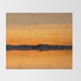 Salar de Uyuni 5 Throw Blanket