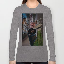 The show must go on Long Sleeve T-shirt