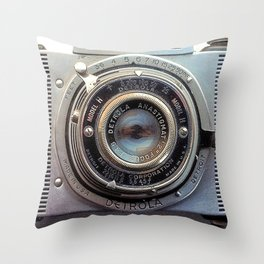 Detrola (Vintage Camera) Throw Pillow